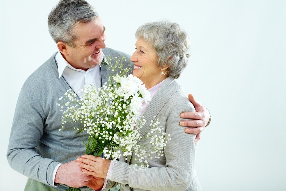 7_Healthy_Cleaning_Tips_for_Caregivers_of_the_Elderly1.jpg