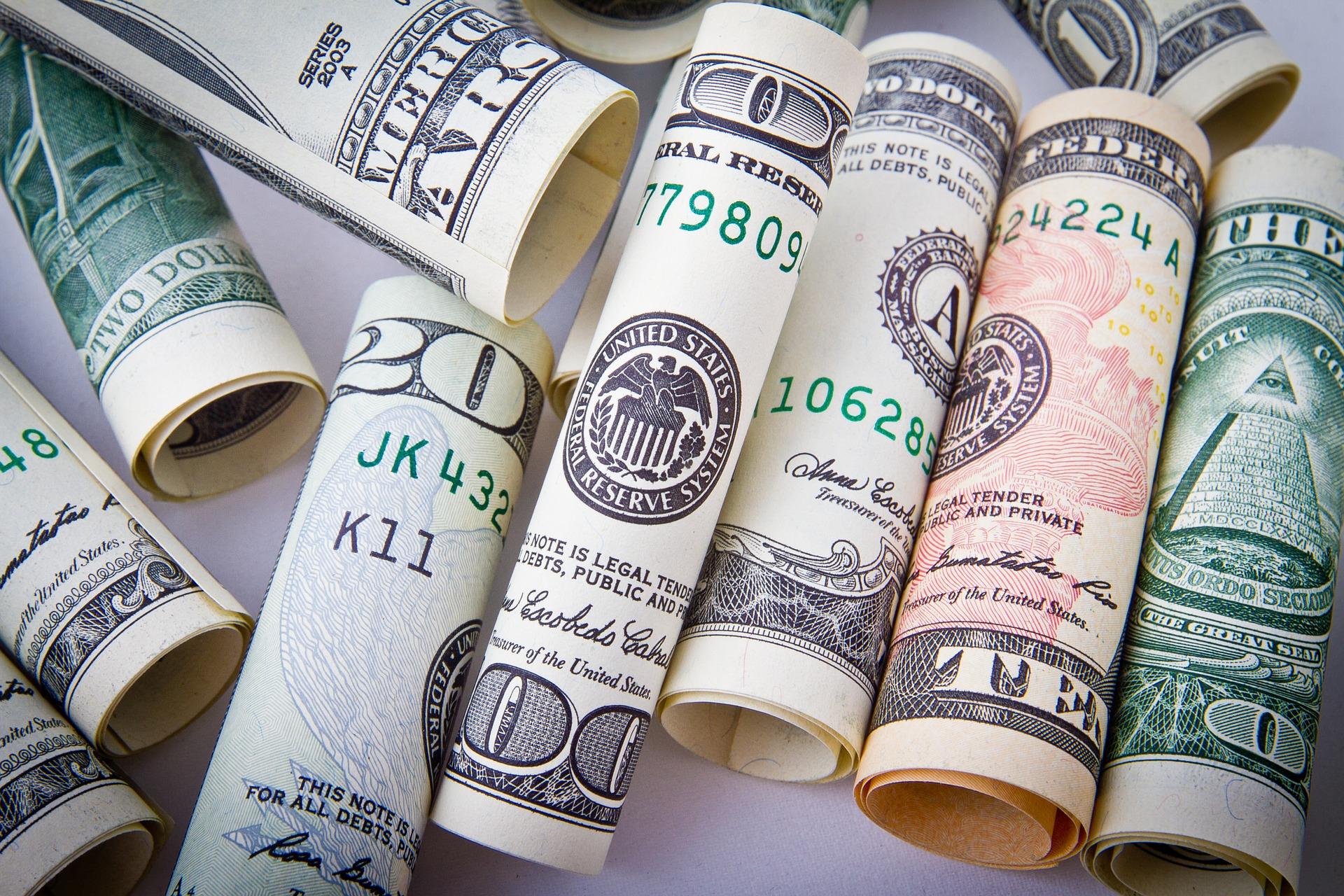 dollar-1362244_1920.jpg