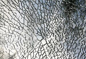 fragmented-717138_640.jpg